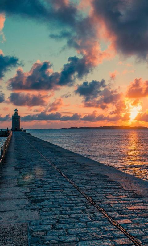 唯美迷人的日落风光
