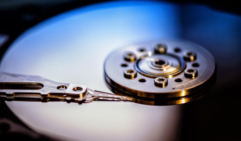 机械硬盘 指针桌面背景下载