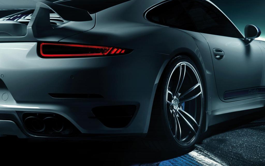2014年保时捷911 Turbo高清壁纸
