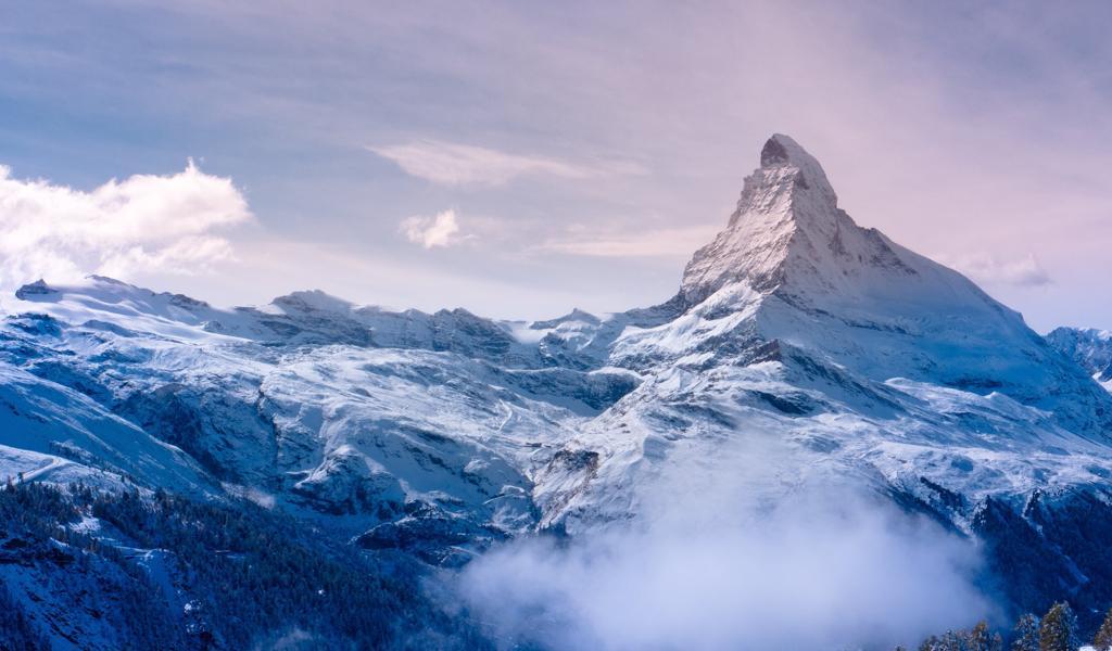 高山山峰风景桌面壁纸