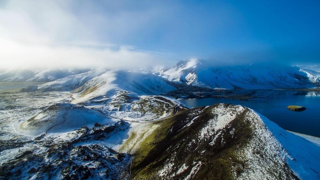 洁白雪山图片自然风景高清壁纸下载