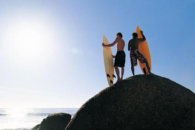 沿海居民的休闲生活图片壁纸