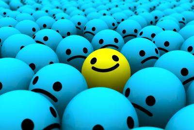 可爱3d笑脸小球表情壁纸桌面