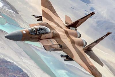 俄式苏30战斗机迷彩涂装壁纸图片