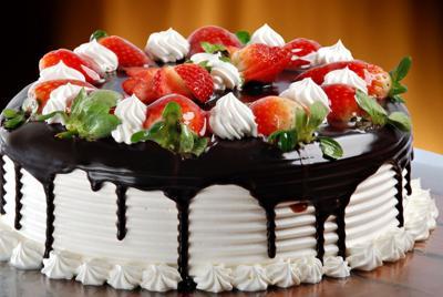 草莓蛋糕电脑桌面图片下载