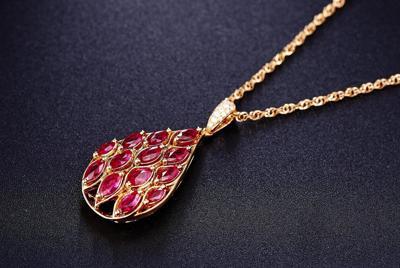 华丽的珠宝首饰高清桌面壁纸