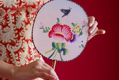 精美的手工刺绣图片