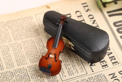 漂亮的小提琴玩具图片背景图