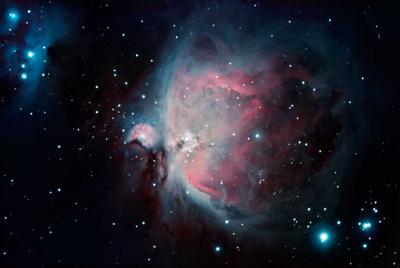 美丽的猎户座大星云电脑壁纸图片下载