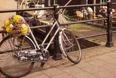 自行车唯美风景高清壁纸