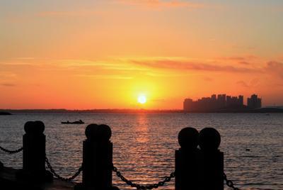 湛江的日出自然风景桌面壁纸