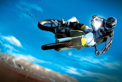 越野摩托车特技高清壁纸图片