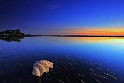 海边黄昏夕阳风光风景桌面壁纸