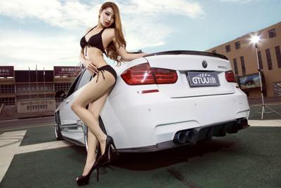 性感比基尼车模壁纸高清大图
